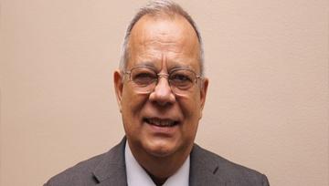 Dr. Rogelio Rodríguez Coronel (Banes, Holguín. 1946) resultó electo director de la Academia Cubana de la Lengua.